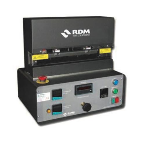 mechanical testing / essais mécaniques